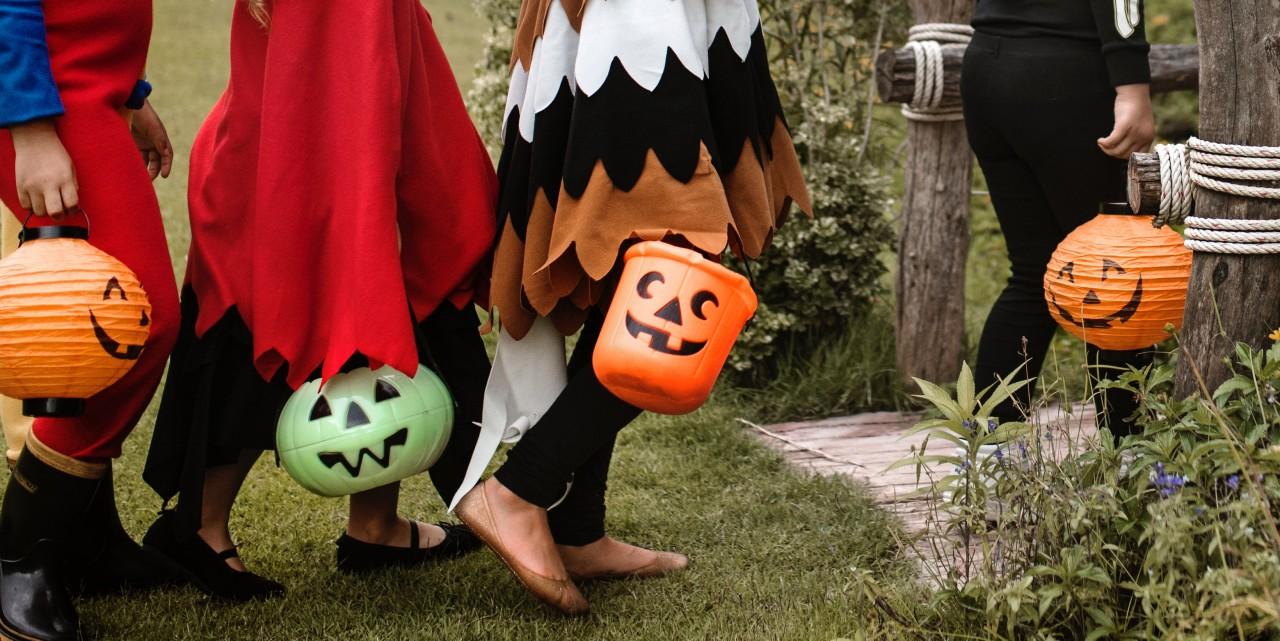 activity-bucket-costumes-140635_20181010-153853_1